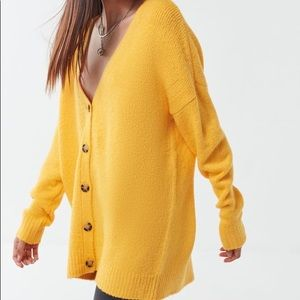 Urban Outfitters Oversized Yellow Cardigan Small
